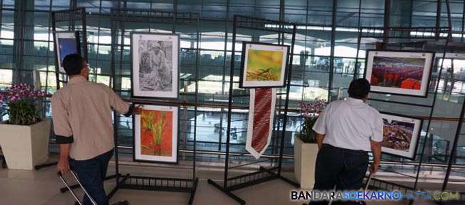 Beberapa foto yang dipamerkan di Terminal 3 Ultimate-suara.com