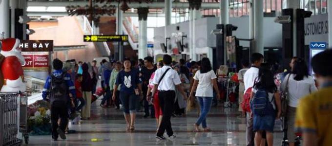 Suasana Terminal 1B Bandara Soekarno-Hatta
