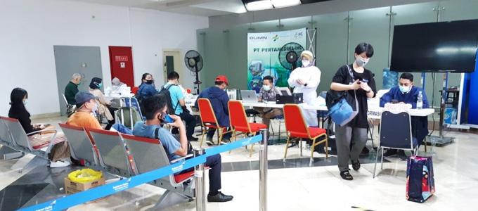 Layanan rapid test penumpang di Bandara Internasional Soekarno-Hatta - www.medcom.id