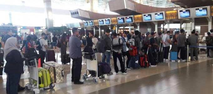 Suasana antrian di Terminal 3 Bandara Soekarno-hatta