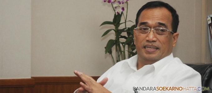 Menteri Perhubungan, Budi Karya Sumadi - profilbos.com