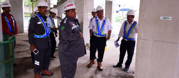 Komisaris Utama PTPP Andi Gani Newa Wea kunjungi proyek runway bandara dan urban house di Serpong - www.merdeka.com
