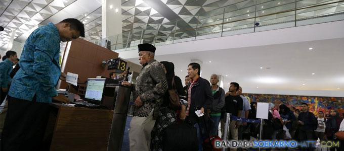 Antrian Penumpang di Terminal 3 Ultimate Bandara Soeta