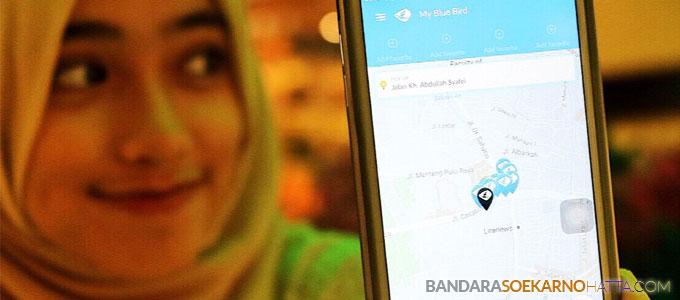 Aplikasi taxi online BlueBird